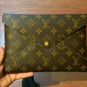 Louis Vuitton Envelope clutch